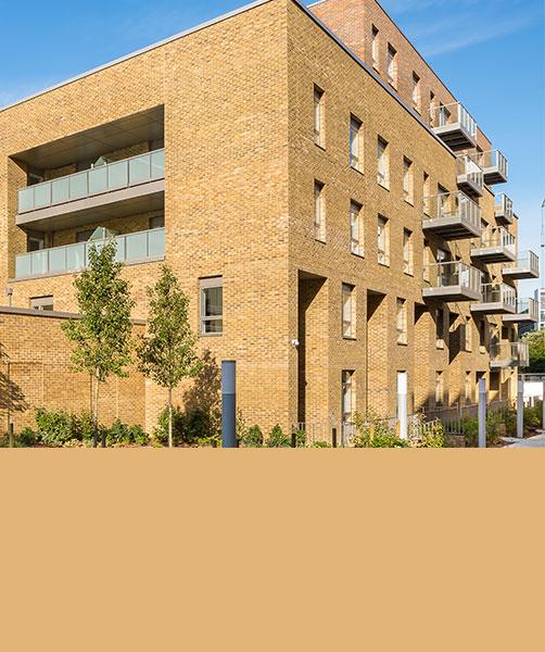 1 Bedroom Apartments In London: 1 Bedroom Second Floor Apartment, The Quadrangle, London