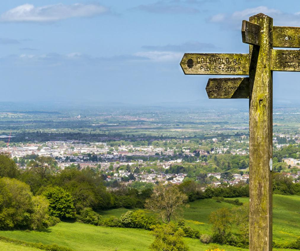 A signpost set amongst Worcestershire Countryside.