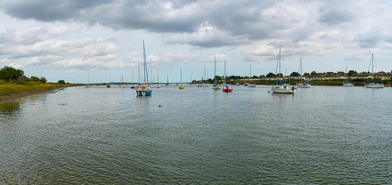 River Crouch and boats